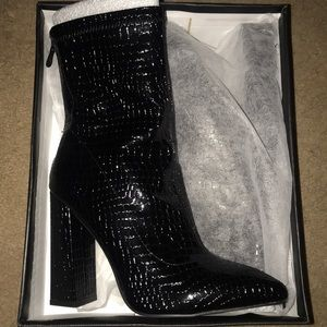 ✨PRETTY LITTLE THING NEVER WORN FAUX CROC BOOTS✨